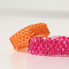 Learn to make a peyote stitch ring in 15 minutes.
