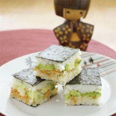 Flat-pack sushi squares