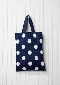 knitted polka dot bag // Ruche