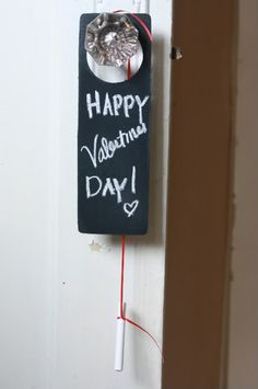What a cute original idea. You could use this for different occasions or just random gift ideas.