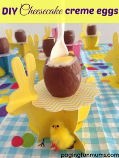 Cheesecake Creme Eggs! These very delicious & super easy Cheesecake filled Easter Eggs look very similiar to 'Cadbury Creme Eggs