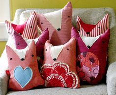 Make these adorable Fox pillows with tutorial and 45 BEST Charming Lifestyle DIY & Tutorials EVER.  From MrsPollyRogers.com playroom idea, tutorials, playroom insp, diy tutorial, ador fox, foxes, pillows, lifestyl diy, fox pillow