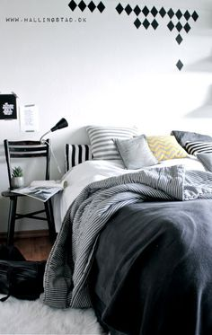 Bedroom / Hallingstad. Blues and grays will work maybe better than blues and greens, depends upon rest of house color