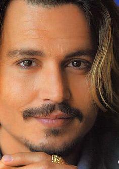 Depp Impact - Close up of johnny