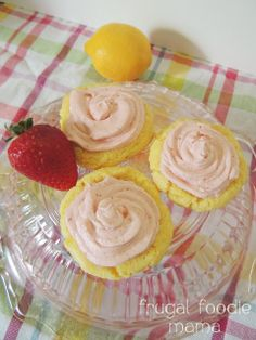 Easy Strawberry Lemonade Cookies- tart lemony cookies frosted with a fresh strawberry buttercream, recipe via thefrugalfoodiemama.com