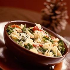 Pasta with White Beans & Kale - Made this tonight - so fresh and a great meat free dinner. Used cherry tomatoes instead of red peppers & skipped lemon. Really good!