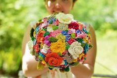 tangled happy: Crocheted Wedding Bouquet