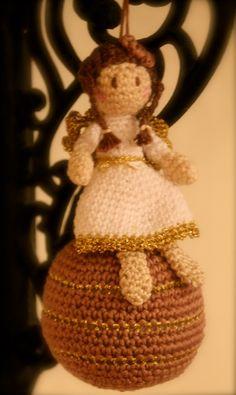 crochet angel ball