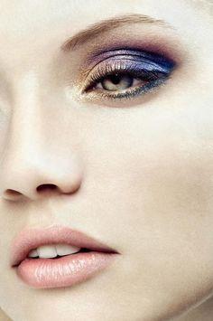 Pretty ombre metallic eye makeup x
