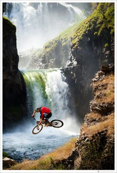 Mountain biking at Celestial Falls, Oregon
