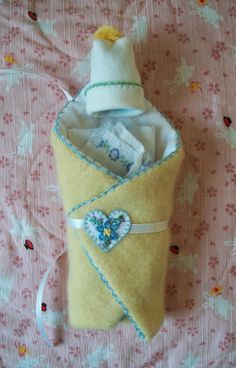 Jenny's Dresser Drawer blog: 16-18 week bunting set (bunting, hat, swaddle and support pillow) #BabyLoss #Babyloss #BurialLayette #miscarriage #stillbirth #InfantLoss #PerinatalLoss