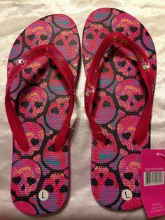 New Hot pink and black sequin floral skulls  Flip Flop Sandals Size 9/10