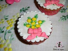 Cupcake con mimose per la festa della donna  8 Marzo festa della donna