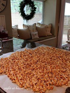Cinnamon bun popcorn recipe. Great Christmas gift idea.