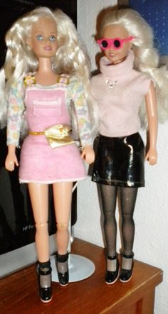 Retired barbie and kelly fun treats 2001
