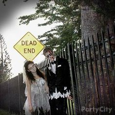 This marriage is goin' nowhere ... zombie bride & groom = killer couples costume idea.