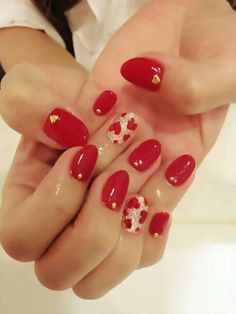 Nails with a pulse. #hearts #nailart #valentinesday #red #love