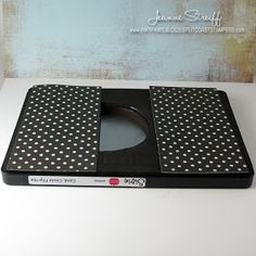 Sizzix Die Cutting Inspiration and Tips: Smile Flip-its Card