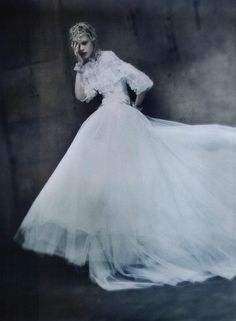 Vogue Italia Couture Editorial The Haute Couture, September 2011 Shot #19