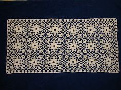 Ravelry: Snowdrop Table Runner free pattern by Coats & Clark