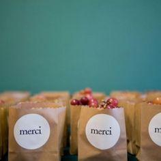 Top 10 Edible Wedding Favors!