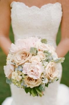 Pale peach and pink bouquet with blue hydrangeas | photography by http://michellecrossphotography.com/
