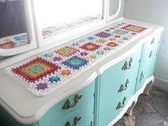 Camino de mesa tejido al crochet Crochet Table Runner