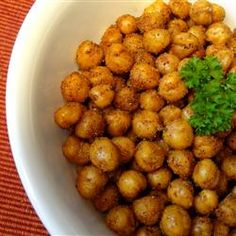 """Simple Roasted Chickpea Snack 