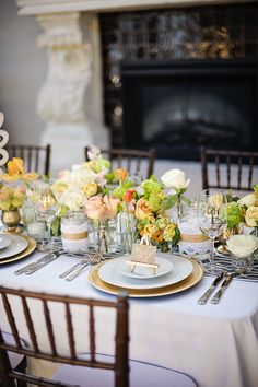 Get inspired: Simple summer #wedding table idea!