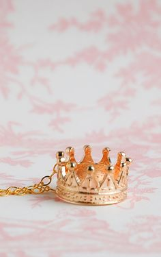 Gold CROWN Necklace Royal Queen King Fairy RING