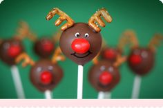 holiday, reindeer cake, cakes, bake, food, christmas, themed cake pops, cakepop, treat