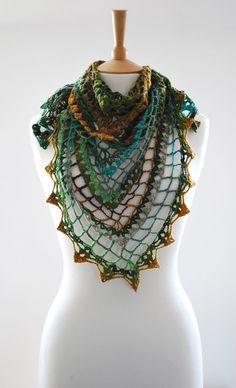Triangular Crochet Shawl. Love the colour combo!