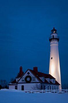Wind Pointe Lighthouse, Racine, WI   www.facebook.com/loveswish