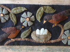 penny rugs, robin, wind vine, wool applique, nest, vine wander, felt birds, primitive gatherings, felted wool