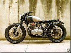 Kawasaki KZ400 'Caneo Inruzinio' - Goodhal Garage
