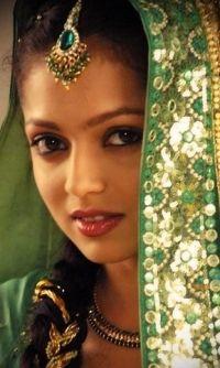 Indan Dresses, Fabulous Indian, Dramas Celeb, Dhrasti Dhami, Beautiful ...
