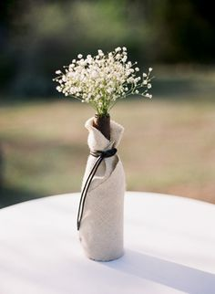 burlap-wrapped vase | Tanja Lippert