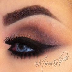 Smokey eyes!!