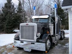 1984 Peterbilt 359, owned and operated by veteran trucker, Rene Mineault.