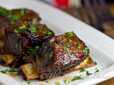 brown sugar, rib recipes, mapl glaze, dinner parties, glaze short, maple syrup, slow cooker beef, cooker mapl, short ribs