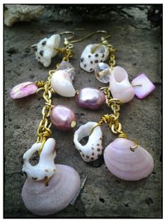 Pink Hawaiinei by HonuStyleImports on Etsy, $15.00