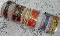 DIY Bangles with plastic water bottles and paper