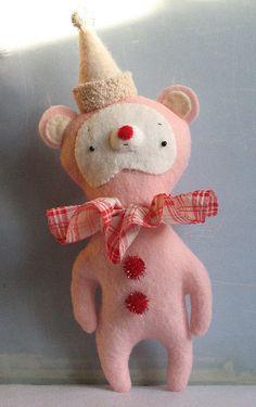 Octave the circus bear - Susan Mitchell