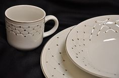 """Gibson china """"Golden Basket"""" pattern"""