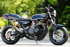 70's Kawasaki KZ1000. Here in the states it was a Z1R. This is the Japanese version MKII. Overhauled to todays standards. This bike oooooozes character.