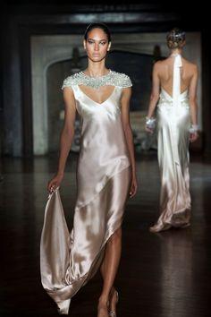 Espectacular colección 2014 de vestidos de novia de @_JohannaJohnson