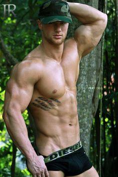 Cory Mason, male fitness model   © Luis Rafael ► www.facebook.com/luisrafael4photos ▬ #men #male_body #male_model #malemodel #hot_guy #hotguy #muscle #barechest #hunk #ripped #biceps #nice_arms #sixpackabs