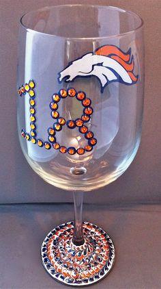 Peyton Manning & Bronco LOVE!