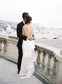 Photography: Jose Villa Photography - josevillaphoto.com  Read More: http://www.stylemepretty.com/2014/07/10/classic-affair-in-san-francisco-with-a-modern-twist/