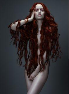 Judith Bedard by Paco Peregrin. Si tuviéramos estilo en España...